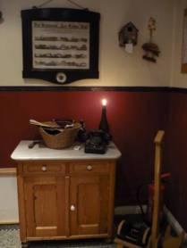Eingang (Neuzugang: eine Rohrkupplung als Flaschen-Kerzenhalter, dank Äppelken) :-)